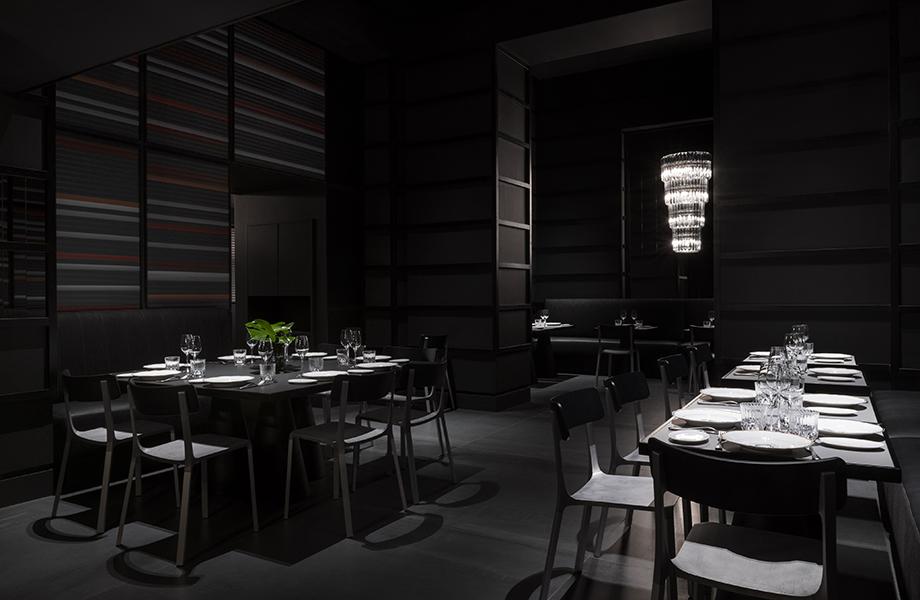 carlo e camilla in duomo giotirotto dining tables