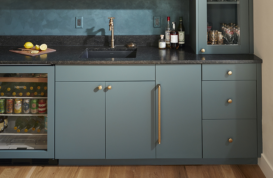 Concept 32 Custom Cabinet Studio FENIX NTM cabinets