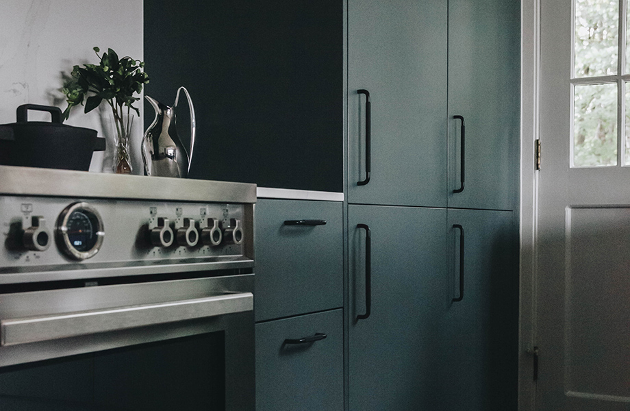 Nordic Design counter and oven range